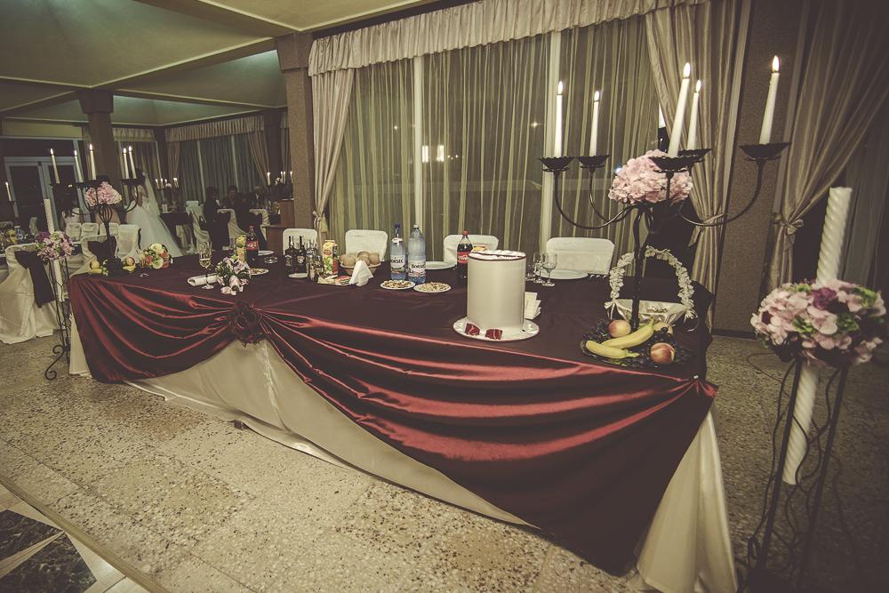 Decor masa prezidiu nunta